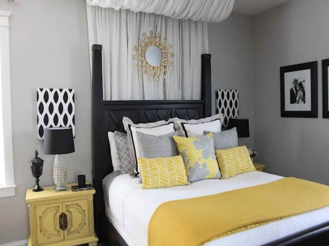 Delightful Yellow Bedroom Decoration And Design Ideas 51