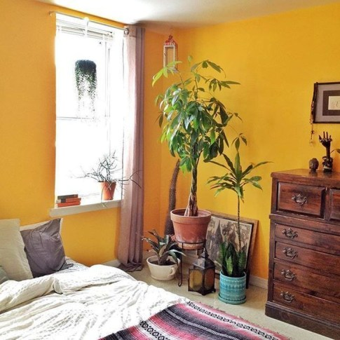 Delightful Yellow Bedroom Decoration And Design Ideas 52
