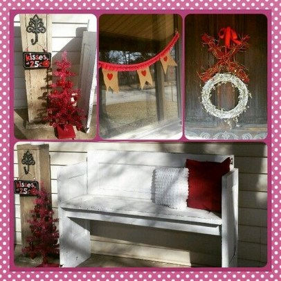 Elegant Front Porch Valentines Day Decor Ideas 54