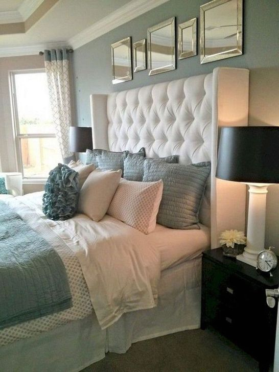 Elegant Small Master Bedroom Inspiration On A Budget 23