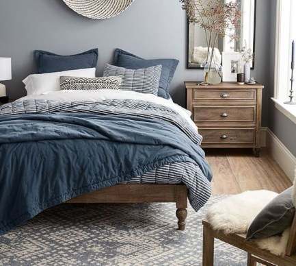 Elegant Small Master Bedroom Inspiration On A Budget 27