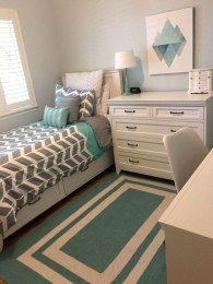 Elegant Small Master Bedroom Inspiration On A Budget 43