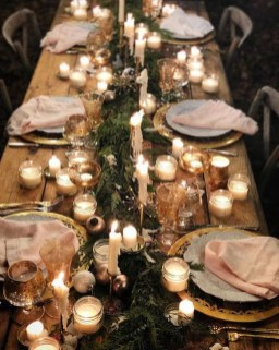 Extraordinary Winter Table Decoration You Can Make 20
