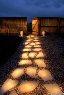 Innovative Stepping Stone Pathway Decor For Your Garden 02