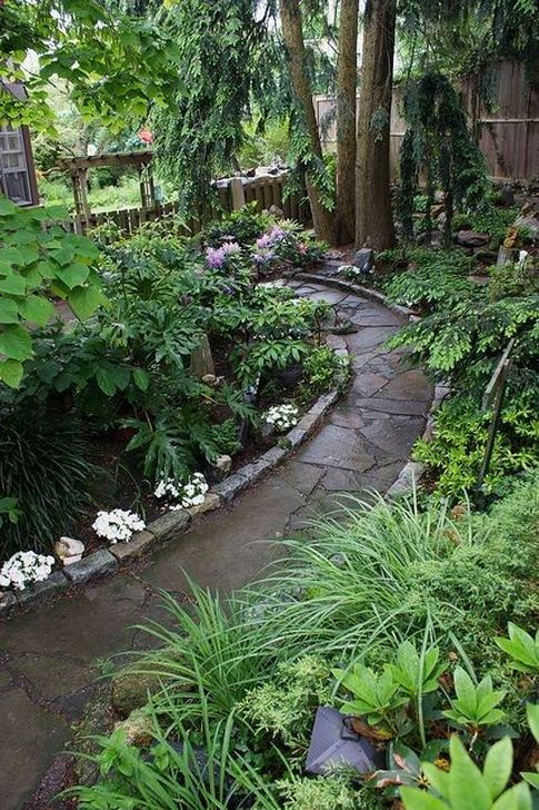 Innovative Stepping Stone Pathway Decor For Your Garden 18