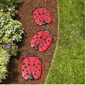 Innovative Stepping Stone Pathway Decor For Your Garden 21