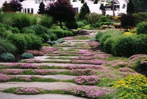 Innovative Stepping Stone Pathway Decor For Your Garden 35