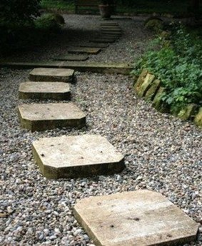 Innovative Stepping Stone Pathway Decor For Your Garden 50