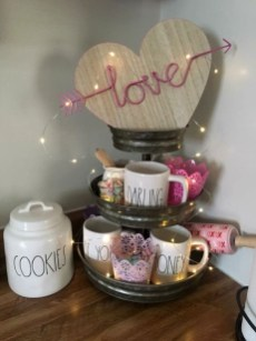 Inspiring Farmhouse Style Valentines Day Decor Ideas 18