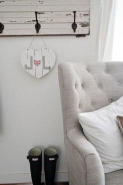 Inspiring Farmhouse Style Valentines Day Decor Ideas 22