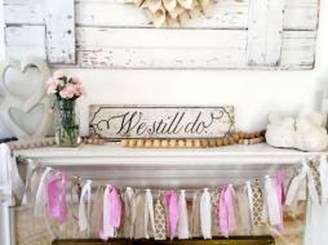 Inspiring Farmhouse Style Valentines Day Decor Ideas 33