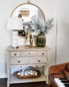 Neutral Winter Decoration Ideas For Your Home 21