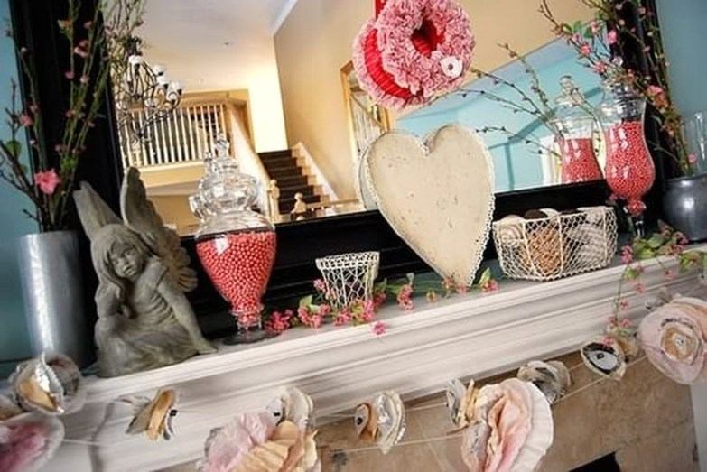 Romantic Home Decoration Ideas For Your Valentines Day 26