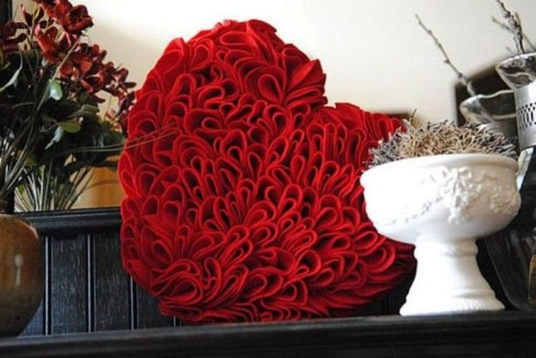 Romantic Home Decoration Ideas For Your Valentines Day 52