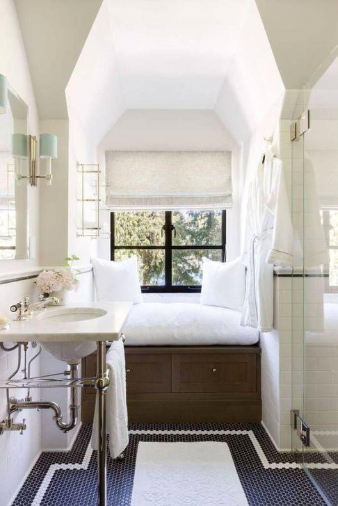 Simple But Modern Bathroom Storage Design Ideas 09