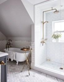 Simple Traditional Bathroom Design Ideas 16
