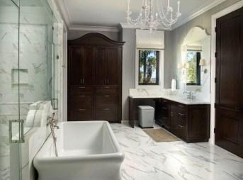 Simple Traditional Bathroom Design Ideas 25