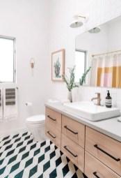 Simple Traditional Bathroom Design Ideas 37