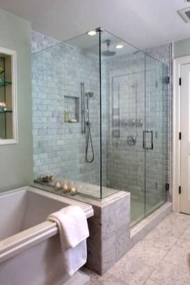 Simple Traditional Bathroom Design Ideas 42