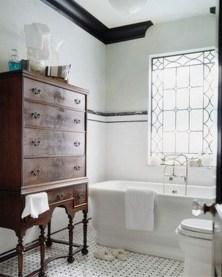 Simple Traditional Bathroom Design Ideas 47