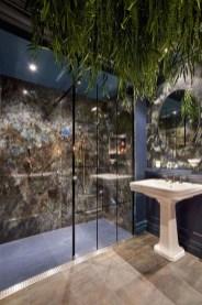 Simple Traditional Bathroom Design Ideas 51