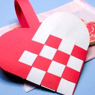 Sweet Heart Crafts Ideas For Valentines Day 37