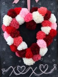 Wonderful DIY Valentines Wreath Decor Ides 21