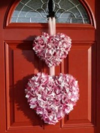 Wonderful DIY Valentines Wreath Decor Ides 27