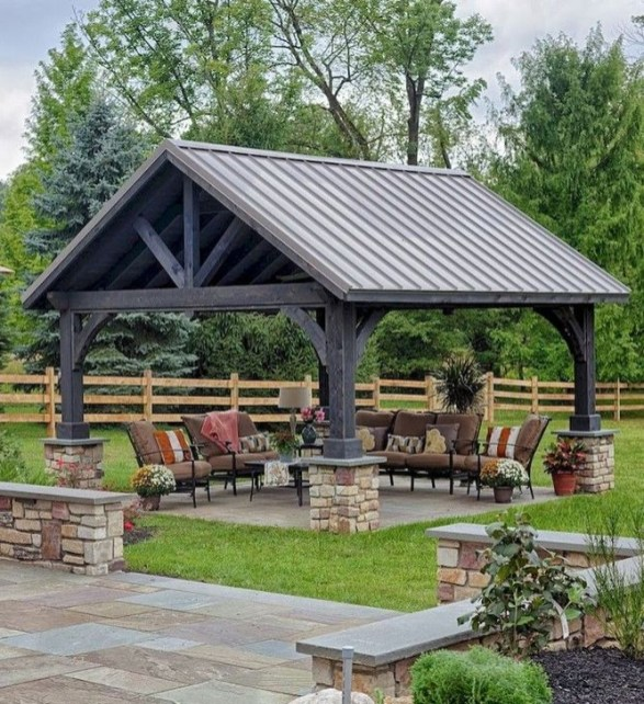 Cozy Gazebo Design Ideas For Your Backyard 07
