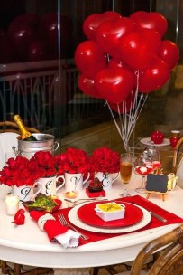 Elegant Table Settings Ideas For Valentines Day 22