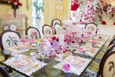 Elegant Table Settings Ideas For Valentines Day 37