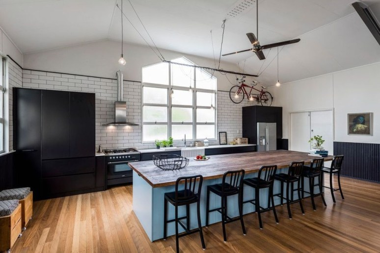 Modern And Unique Industrial Table Design Ideas 33