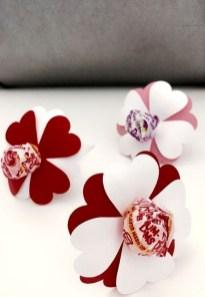 Simple DIY Valentines Day Decor Ideas 02
