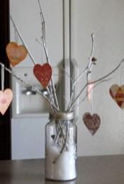 Simple DIY Valentines Day Decor Ideas 12