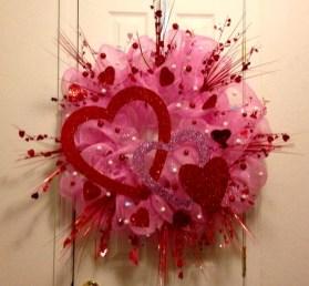 Simple DIY Valentines Day Decor Ideas 31