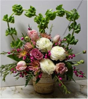 Stunning Valentine Floral Arrangements Ideas 07