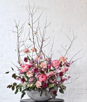 Stunning Valentine Floral Arrangements Ideas 09