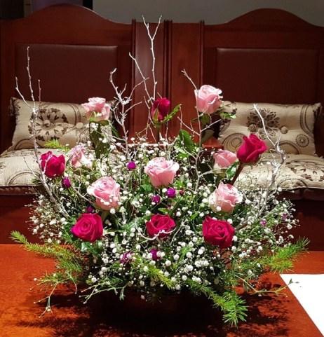 Stunning Valentine Floral Arrangements Ideas 24