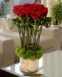 Stunning Valentine Floral Arrangements Ideas 26