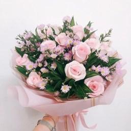 Stunning Valentine Floral Arrangements Ideas 28