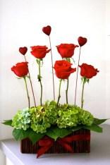 Stunning Valentine Floral Arrangements Ideas 46