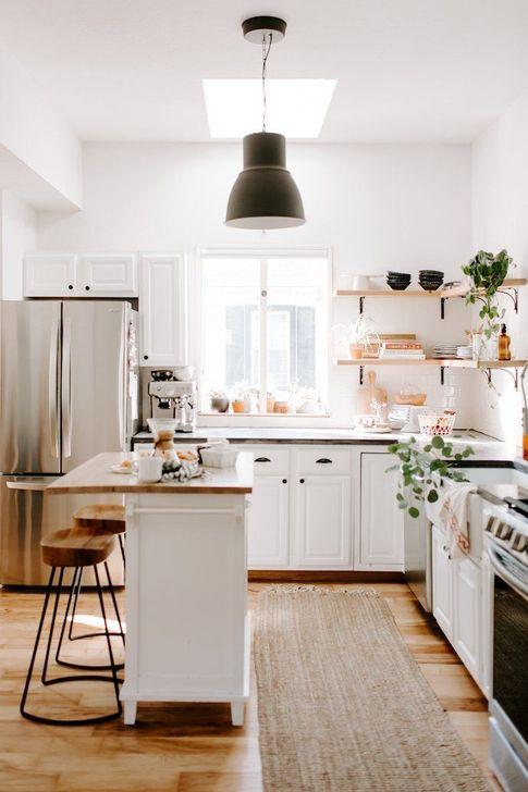 Unique And Colorful Kitchen Design Ideas 11