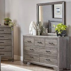 Classy Bedroom Dressers Ideas With Mirror 04