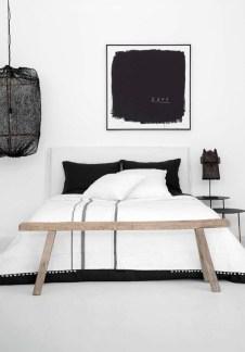 Cool Scandinavian Bedroom Design Ideas 34