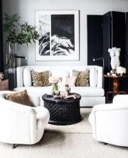 Cozy Black And White Living Room Design Ideas 32