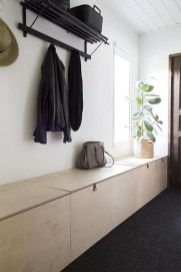 Easy DIY Mudroom Bench Ideas For Inspiration 02