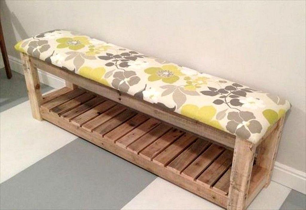Easy DIY Mudroom Bench Ideas For Inspiration 03