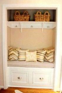 Easy DIY Mudroom Bench Ideas For Inspiration 11
