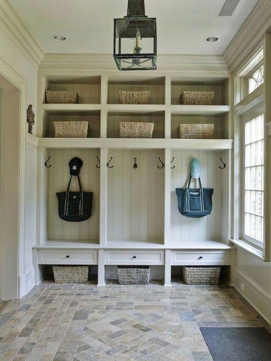 Easy DIY Mudroom Bench Ideas For Inspiration 14