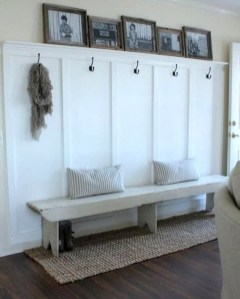 Easy DIY Mudroom Bench Ideas For Inspiration 32